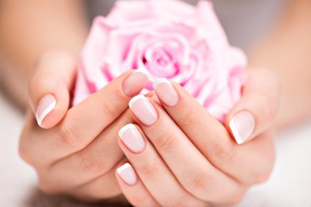 Imelda Beauty & Wellness / manicure